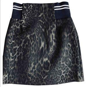 Sandro mini skirt, barely worn, size 1 (US)
